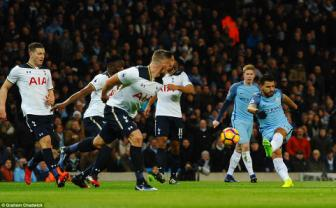 <b style='background-color:Yellow'>Man City</b> 2-2 Tottenham: Chi co the la...den