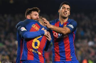 Barcelona 5-2 <b style='background-color:Yellow'>Real Sociedad</b>: Suc manh kho cuong