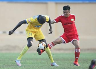 FLC Thanh Hoa va HLV vo dich Cup <b style='background-color:Yellow'>C1</b> khoi dau an tuong tai V.League