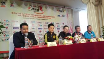 HLV DT Thai Lan danh gia cao <b style='background-color:Yellow'>DT Lao</b> o giai vo dich Futsal DNA 2017