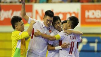 DT Viet Nam toan thang tai vong bang <b style='background-color:Yellow'>giai Futsal vo dich DNA 2017</b>