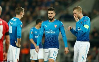 Arsenal, Milan va 14 doi gianh ve som vao vong knock-out Europa League