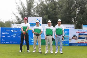 Gan 500 golfer tham du giai Fam Golf Tournament 2017