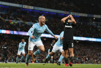 <b style='background-color:Yellow'>Man City</b> 2-1 West Ham: Kich ban cu, nguoi hung moi