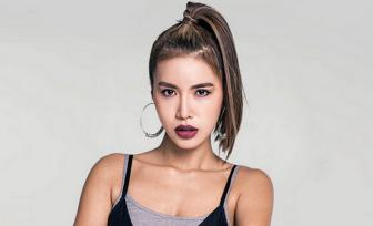 """<b style='background-color:Yellow'>Minh Tu</b> duoc gioi thieu """"hay ho"""" tai Asia's Next Top Model"""
