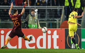 <b style='background-color:Yellow'>Luot ve vong 1/16</b> Europa League: Roma 0-1 Villarreal