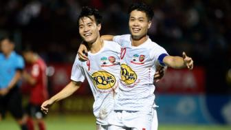 Vong 7 <b style='background-color:Yellow'>V.League 2017</b>: HAGL tro lai trong cuoc dua vo dich