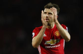 Man Utd to chuc tran dau tri an <b style='background-color:Yellow'>Michael Carrick</b>