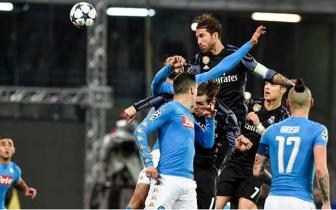 Luot ve vong 1/8 Champions League: Napoli 1-3 Real Madrid