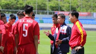 HLV Hoang Anh Tuan: U20 <b style='background-color:Yellow'>New Zealand</b> khong qua ghe gom