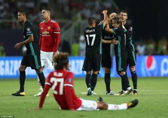 Real Madrid 2-1 Man United: Su khac biet qua lon