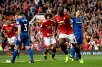 <b style='background-color:Yellow'>Man United</b> 4-0 Everton: Man xanh goi, Quy do tra loi