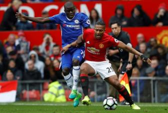 <b style='background-color:Yellow'>Man United</b> co nguy co mat Valencia o tran dau voi Chelsea