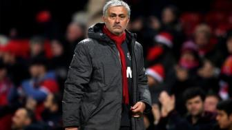 <b style='background-color:Yellow'>Man United</b> troi HLV Mourinho den nam 2021