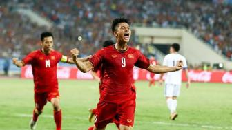 <b style='background-color:Yellow'>Van Duc</b> tu tin canh tranh suat da chinh o AFF Cup 2018