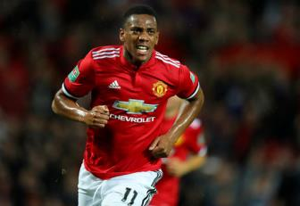 <b style='background-color:Yellow'>Man United</b> tu tin giu chan Martial voi ban hop dong moi