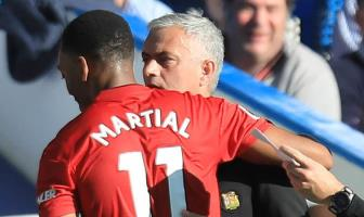 <b style='background-color:Yellow'>Man United</b> va noi xau ho mang ten… Jose Mourinho