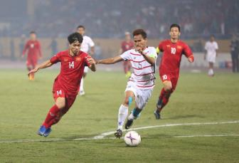 DT Viet Nam vao ban ket <b style='background-color:Yellow'>AFF Cup 2018</b> voi vi tri nhat bang A