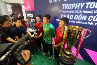 <b style='background-color:Yellow'>Tien Dung</b>, Duc Chinh khat khao cung DT Viet Nam vo dich AFF Cup 2018