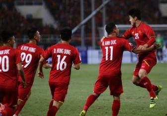 <b style='background-color:Yellow'>Anh Duc</b> danh tang chuc vo dich AFF Cup 2018 cho nguoi ham mo Viet Nam