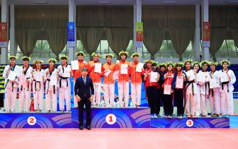 <b style='background-color:Yellow'>Thanh Hoa</b> but toc de vao Top 4 Dai hoi The thao toan quoc 2018