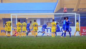 <b style='background-color:Yellow'>Quang Nam</b> bo tui nua ty dong sau khi doat Sieu cup quoc gia 2017