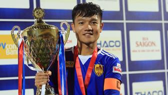 Thanh Trung quyet gianh chuc vo dich V.League va AFF Cup 2018