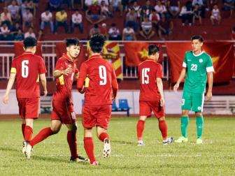<b style='background-color:Yellow'>DT Viet Nam</b> va Thai Lan duoc xep hat giong so 1 tai AFF Cup 2018