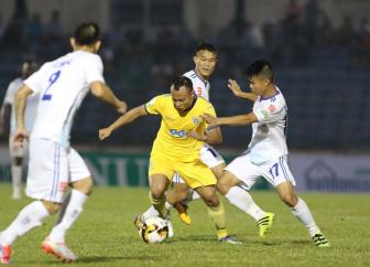 Truoc vong 4 <b style='background-color:Yellow'>V.League 2018</b>: Khang dinh tham vong