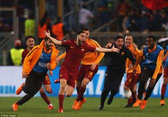 <b style='background-color:Yellow'>AS Roma</b> 3-0 Barcelona: Hoan hao den tung centimet