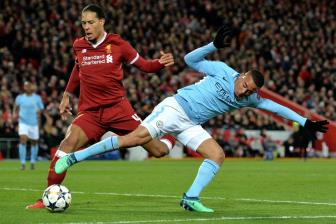 <b style='background-color:Yellow'>Liverpool</b> se choi tan cong truoc Man City o Etihad