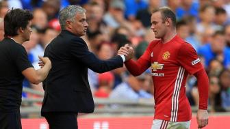 """<b style='background-color:Yellow'>Mourinho</b> ung ho Rooney sang My """"duong gia"""