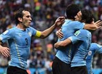 Bang A <b style='background-color:Yellow'>World Cup 2018</b>: Uruguay va phan con lai