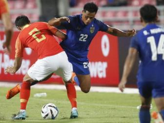 """<b style='background-color:Yellow'>DT Thai Lan</b> """"khung hoang"""" tien dao truoc them AFF Cup 2018"""
