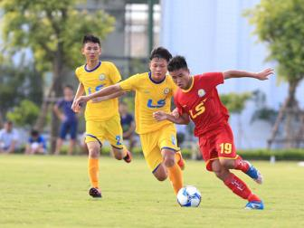 U17 <b style='background-color:Yellow'>Viettel</b> toan thang o vong bang VCK U17 quoc gia 2018