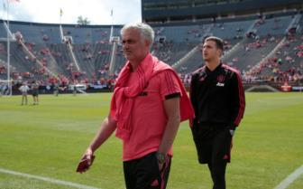 <b style='background-color:Yellow'>Ander Herrera</b> len tieng benh vuc HLV Mourinho