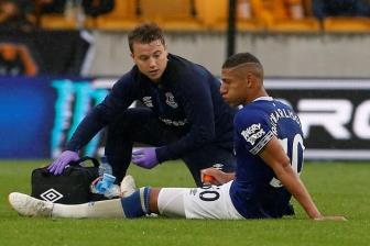 <b style='background-color:Yellow'>Everton</b> tho phao voi chan thuong cua Richarlison