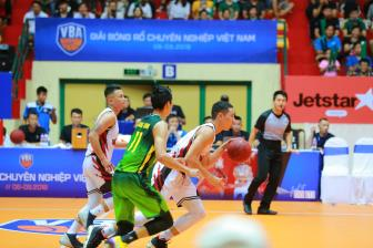 Ket qua VBA 2018 Game 35: Thang Long Warriors chinh thuc doat ve Playoffs