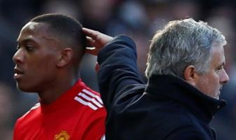 <b style='background-color:Yellow'>Man United</b> dang thao luan voi nguoi dai dien cua Martial ve hop dong moi