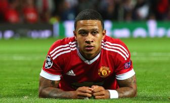 <b style='background-color:Yellow'>Man United</b> muon dua Memphis Depay tro lai Old Trafford