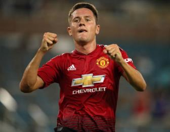 <b style='background-color:Yellow'>Ander Herrera</b> se roi Man United vao thang Gieng?