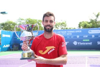 Marcel Granollers vo dich don nam giai <b style='background-color:Yellow'>Vietnam Open Danang City 2019</b>