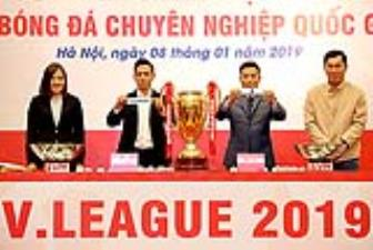 "Co ""dai chien"" ngay ngay khai man <b style='background-color:Yellow'>V.League 2019</b>"
