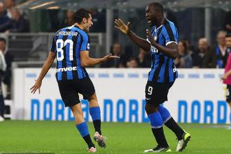 Lukaku no sung, Inter van lo co hoi vang