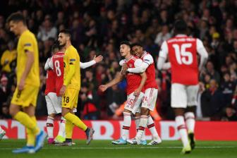 <b style='background-color:Yellow'>Arsenal</b> 4-0 Standard Liege: Nguoi hung tre tuoi
