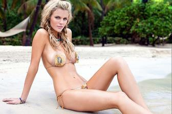 <b style='background-color:Yellow'>Nguoi dep</b> Brooklyn Decker trut bo xiem y khoe than hinh 'nong bong'