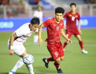 <b style='background-color:Yellow'>Duc Chinh</b> lap hat-trick dua U22 Viet Nam vao chung ket SEA Games 30