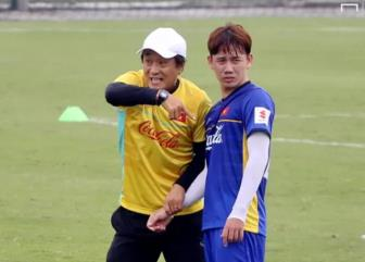 HLV Lee Young Jin duoc giao chi tieu gianh <b style='background-color:Yellow'>HCV SEA Games 30</b>