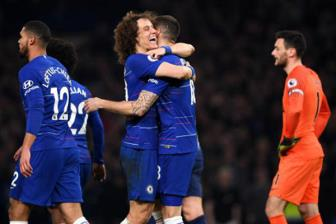 <b style='background-color:Yellow'>Chelsea</b> 2-0 Tottenham: Quyet dinh can thiet cua Sarri