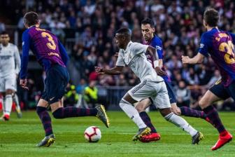Real Madrid 0-1 Barcelona: Sang to roi nhe!